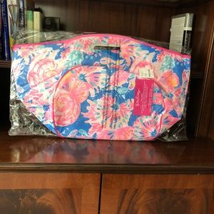 official photos 60f7c 65d6d Lilly Pulitzer Bennet Blue Beverage Bucket Tote NWT